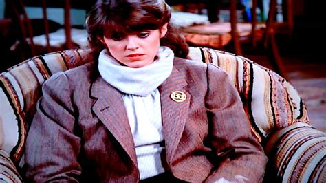 Mork Proposes to Mindy - YouTube