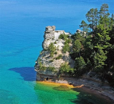 File:Miners Castle, Pictured Rocks National Lakeshore