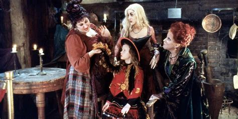 'Hocus Pocus' Stage Show Is Going To Put A Spell On You At