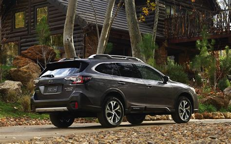 Subaru Launches Best-Ever Outback SUV | TheDetroitBureau